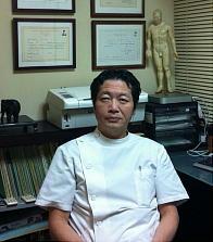 中医師・鍼灸師 加川 幸三
